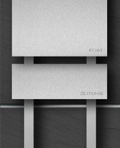 Freistehender Briefkasten mit Zeitungsbox in Edelstahl gebürstet mit Hausnummer