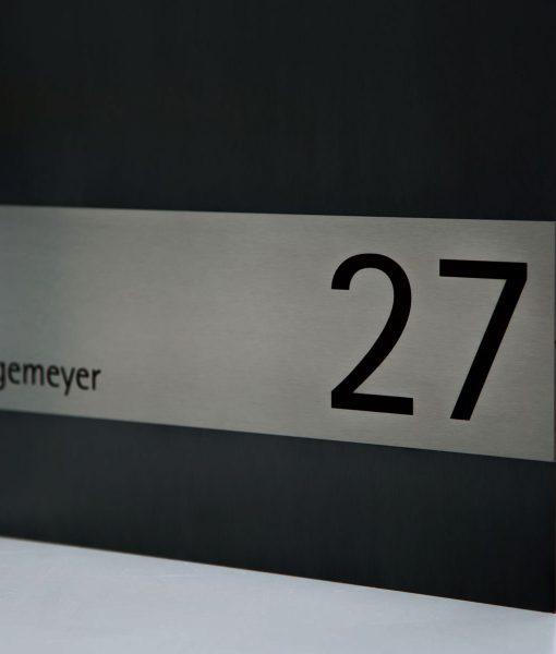 Edelstahlbriefkästen Hausnummer und Namen