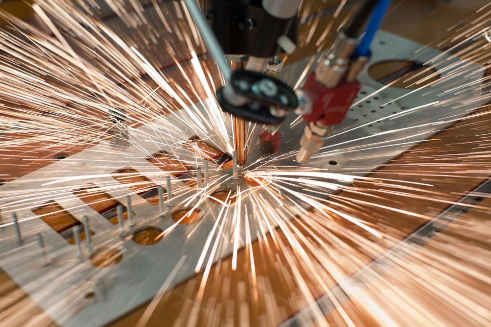 Bolzenschiessen Metallverarbeitung Edelstahl